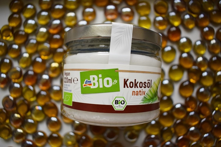 BlackBox Mrsbella Bio Kokosöl von der Seite Sunnyside-of-life