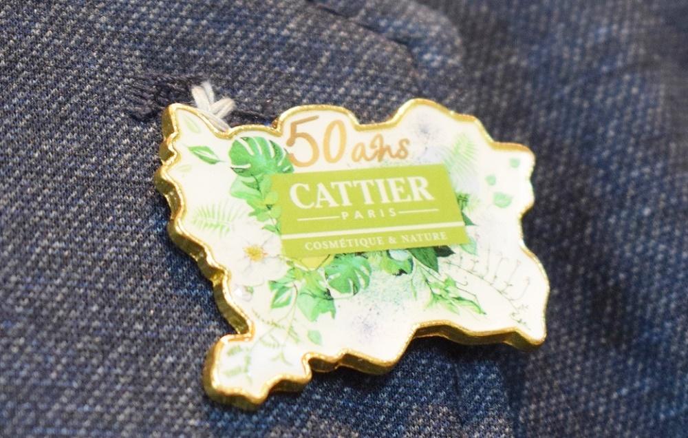 Ansteck-Pin von Cattier Paris 50-jähriges Jubiläum - sunnysideoflife