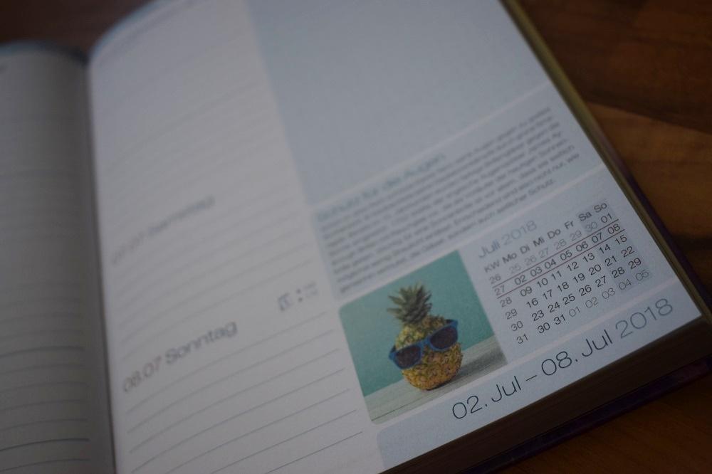 Häfft Terminplaner Kalenderblatt erste Juliwoche mit Ananas-Photo www.sunnyside-of-life.de