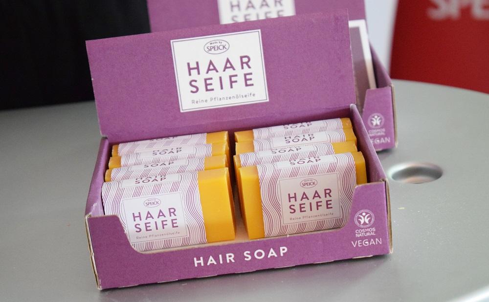 Green Cosmetics Bloggerevent Speick Haarseife Aufsteller